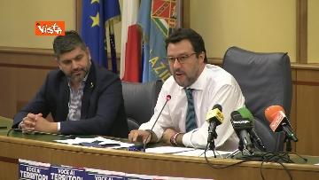6 - Salvini in conferenza stampa alla Regione Lazio, immagini