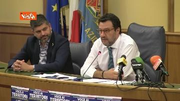 5 - Salvini in conferenza stampa alla Regione Lazio, immagini