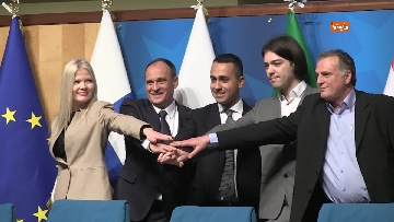 3 - Di Maio presentra il manifesto per le elezioni europee