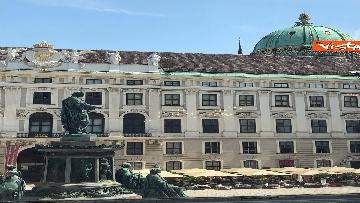 1 - Il Presidente della Repubblica Mattarella alla Hofburg di Vienna