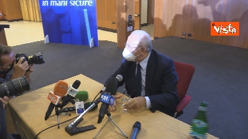 4 - De Luca rieletto presidente della Campania, le foto dal comitato elettorale
