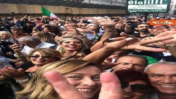 6 - La manifestazione in piazza Montecitorio contro il nuovo Governo