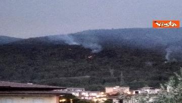 7 - Incendi all'Aquila, Monte Pettino in fiamme. Le foto