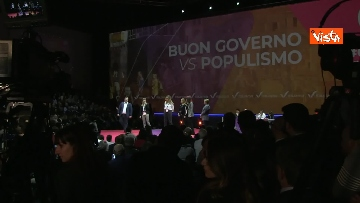 4 - Renzi chiude l'assemblea di Italia Viva