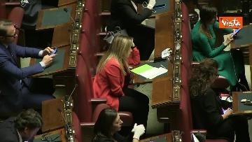 11 - Conte alla Camera tra deputati con la mascherina e ministri a distanza di sicurezza