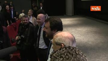 1 - Migranti, Salvini: