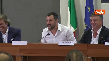 1 - Salvini in conferenza stampa al Viminale