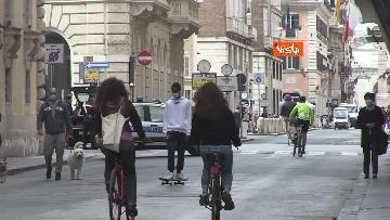 4 - Pasquetta in zona rossa a Roma, controlli a tappeto e piazze semivuote in centro