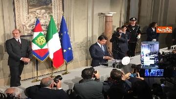 5 - Mattarella conferisce a Giuseppe Conte l'incarico di formare il Governo