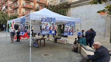 1 - Zingaretti al Banchetto Pd a Piazza Cola di Rienzo a Roma