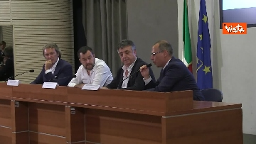 6 - Salvini in conferenza stampa al Viminale