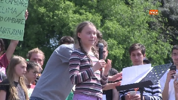 3 - Greta Thunberg alla manifestazione per il clima a Roma