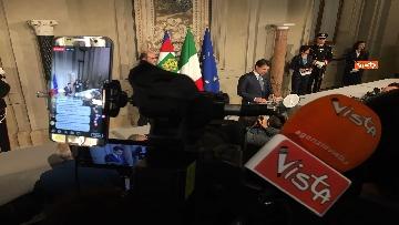 9 - Mattarella conferisce a Giuseppe Conte l'incarico di formare il Governo