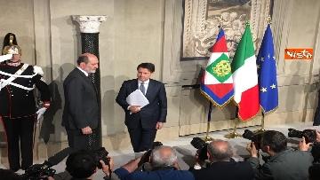 6 - Mattarella conferisce a Giuseppe Conte l'incarico di formare il Governo