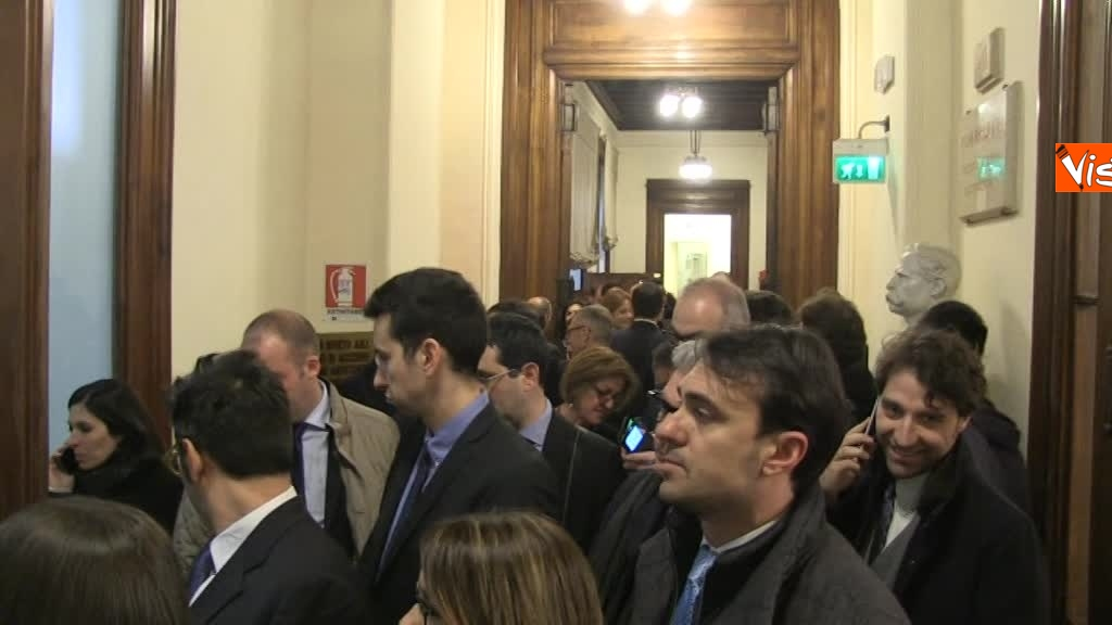 20-03-18 Deputati in fila per accreditaresi alla Camera