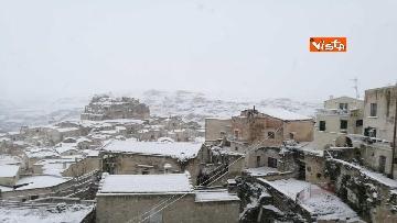 6 - 04-01-19 La citta di Matera ricoperta di neve