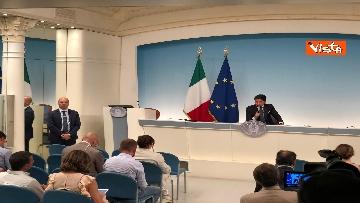 9 - La conferenza stampa di Conte a Palazzo Chigi
