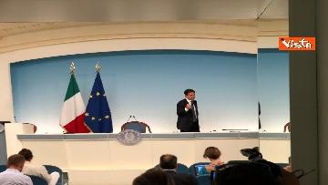 17 - La conferenza stampa di Conte a Palazzo Chigi