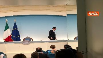 16 - La conferenza stampa di Conte a Palazzo Chigi
