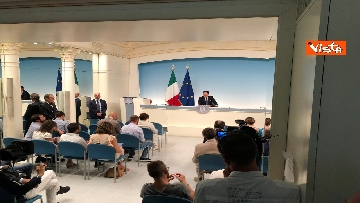 10 - La conferenza stampa di Conte a Palazzo Chigi