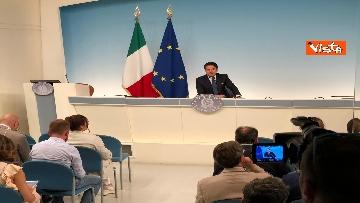 5 - La conferenza stampa di Conte a Palazzo Chigi