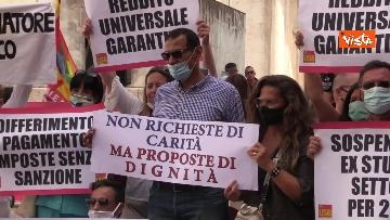 3 - La manifestazione degli accompagnatori turistici a Montecitorio