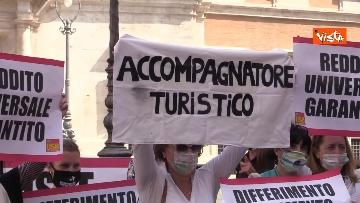 2 - La manifestazione degli accompagnatori turistici a Montecitorio