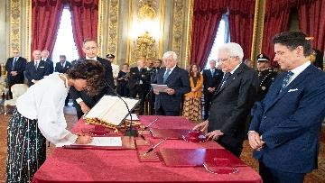 1 - Il giuramento del Ministro per l'Innovazione Paola Pisano