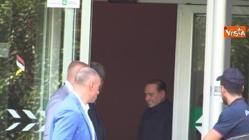 1 - Berlusconi lascia il San Raffaele
