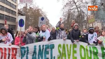 6 - 60mila in marcia per il clima a Bruxelles