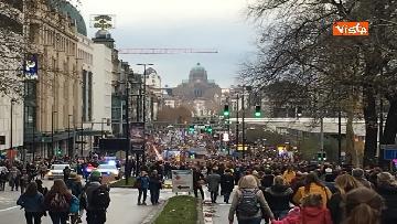 8 - 60mila in marcia per il clima a Bruxelles
