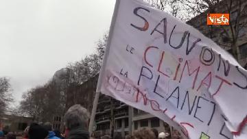 4 - 60mila in marcia per il clima a Bruxelles