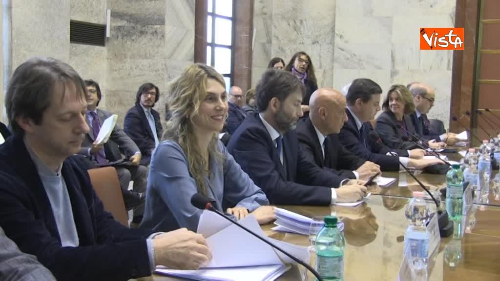 21-03-18 Firma intese per Roma Capitale al Mise i Ministri e Zingaretti 3