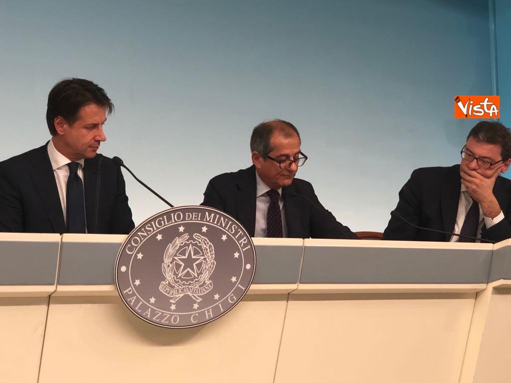 24-07-18 Milleproroghe in Consiglio dei Ministri, la conferenza stampa 11