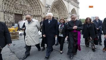 4 - Mattarella visita la Cattedrale di Notre-Dame a Parigi