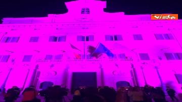 3 - Palazzo Montecitorio in rosa per la lotta al tumore al seno, Fico accende l'illuminazione