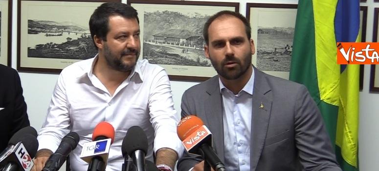 Salvini e E. Bolsonaro in conferenza
