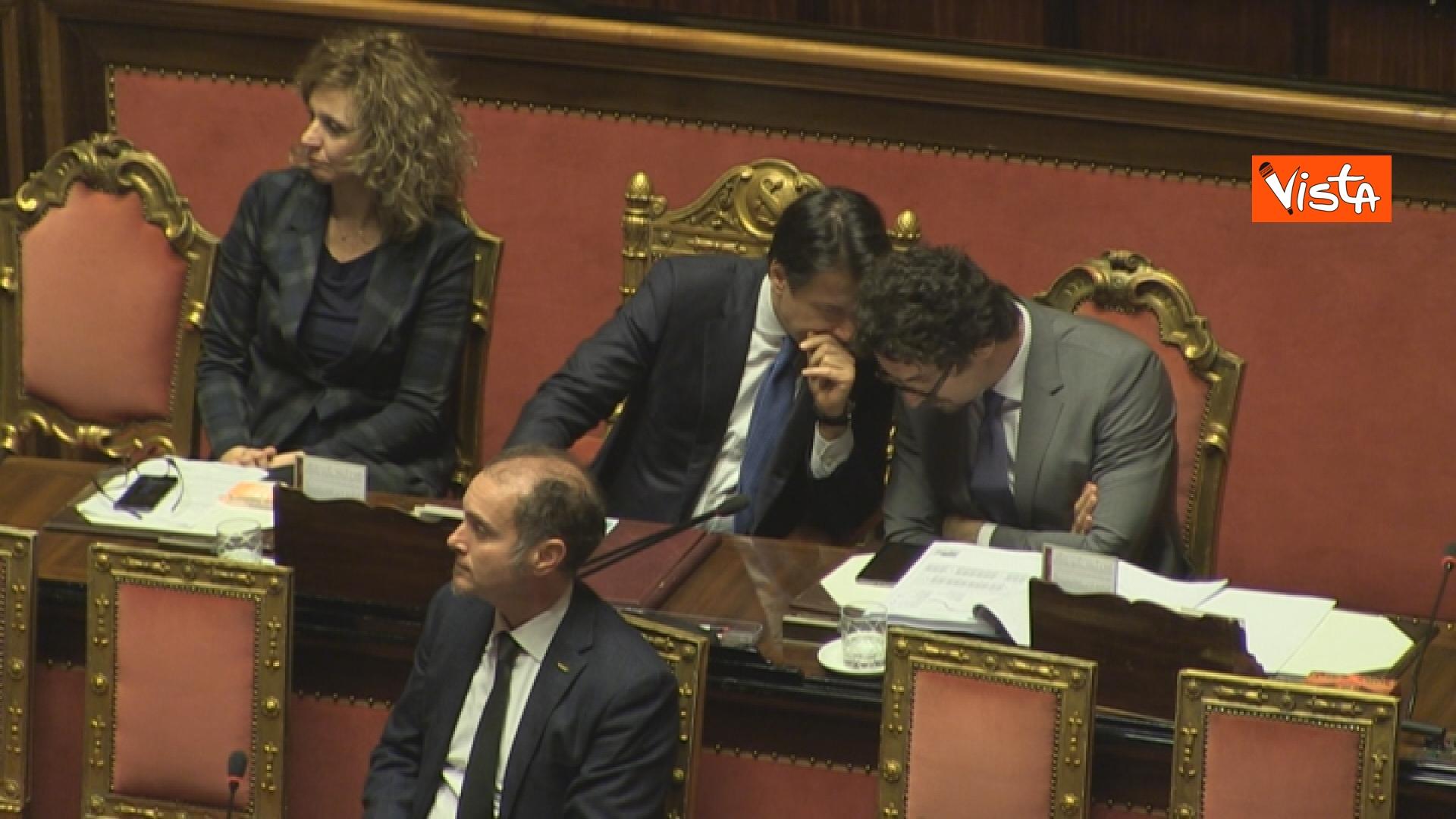 21-03-19 Mozione sfiducia per Toninelli al Senato le immagini dell Aula_il presidente del Cosiglio Conte accanto al ministro 08