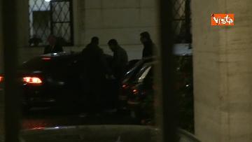 1 - Concluso vertice del centro-destra, Meloni e Salvini lasciano Palazzo Grazioli in auto