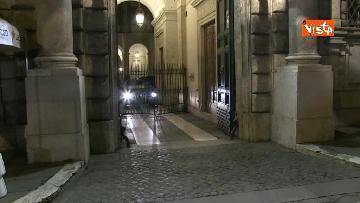 6 - Concluso vertice del centro-destra, Meloni e Salvini lasciano Palazzo Grazioli in auto
