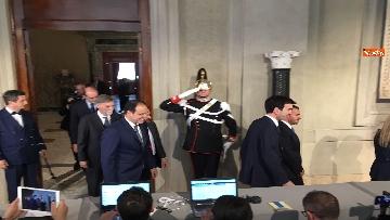 11 - I foglietti di Martina, la cravatta rossa di Orfini, il PD alle consultazioni
