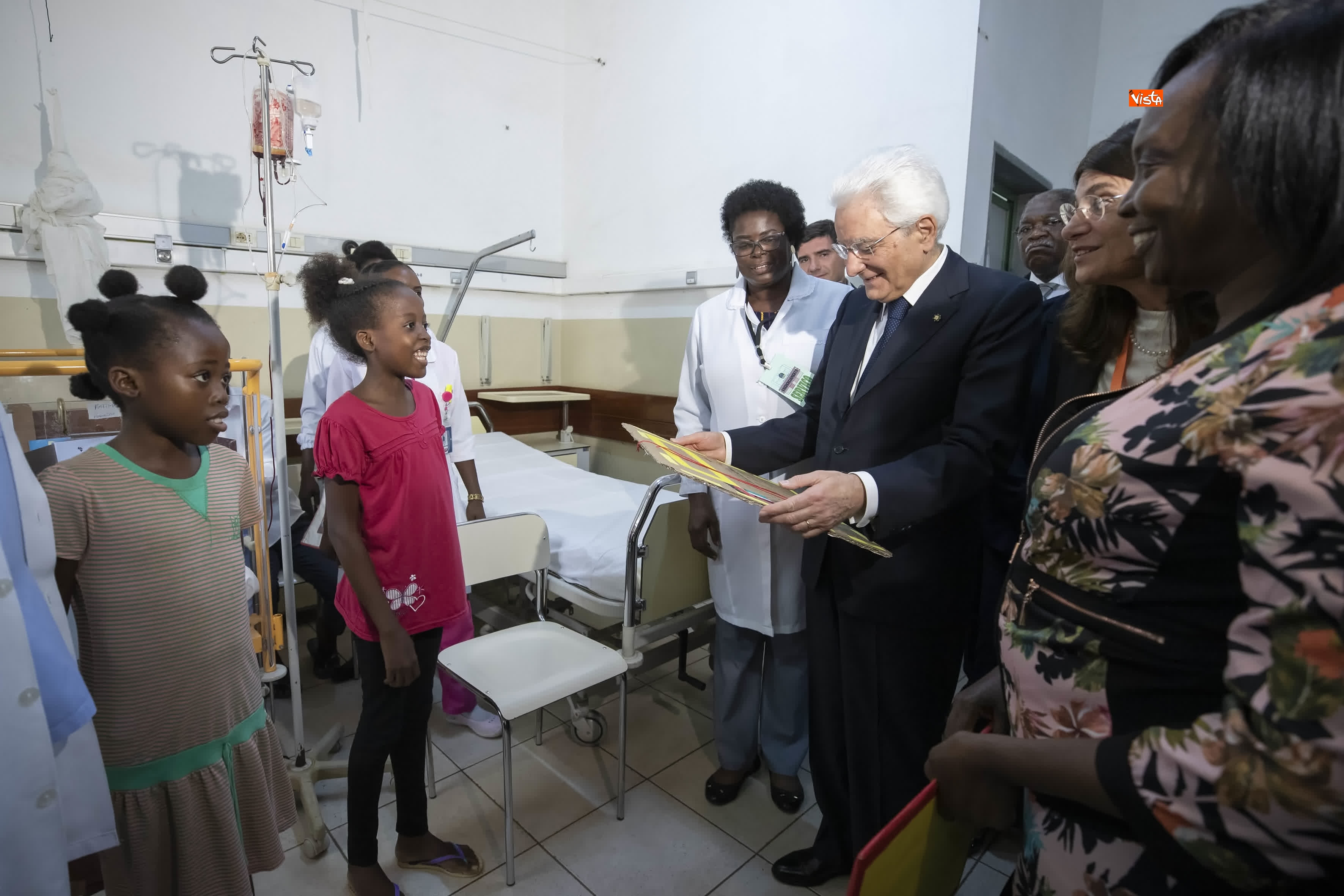 06-02-19 Mattarella in Angola visita Ospedale Divina Provvidenza_06