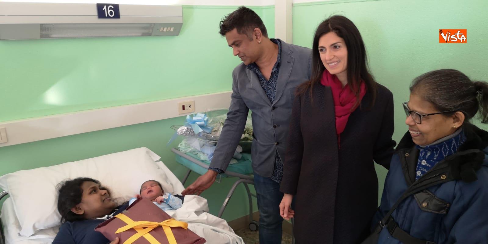 Il primo nato a Roma da genitori dello Sri Lanka si chiama Italo_04