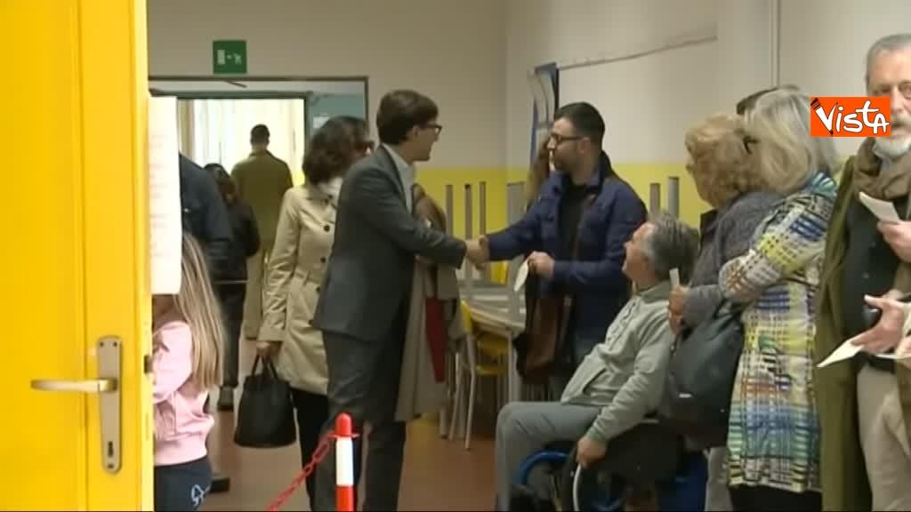 26-05-19 Comunali Firenze il voto del candidato sindaco Nardella_02