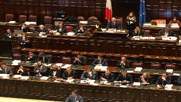 2 - Il voto di fiducia sulla Manovra alla Camera dei Deputati