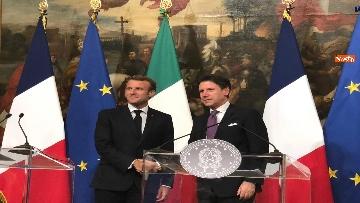 1 - Conte e Macron in conferenza stampa a Palazzo Chigi