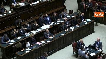 7 - Conte replica in aula a Montecitorio prima del voto di fiducia