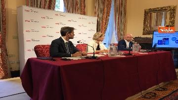 1 - Gli italiani e il Regno Unito, l'indagine con l'ambasciatrice britannica Jill Morris, immagini