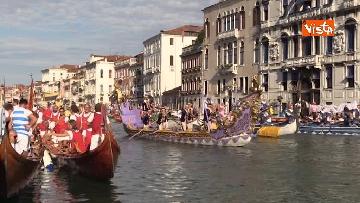 8 - La regata storica a Venezia