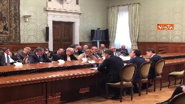 2 - Il Governo incontra i sindacati a Palazzo Chigi